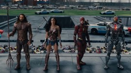 "Comic Con ""Justice League"" Trailer"